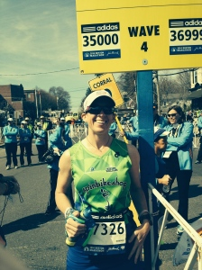 Jen at the start in Hopkinton